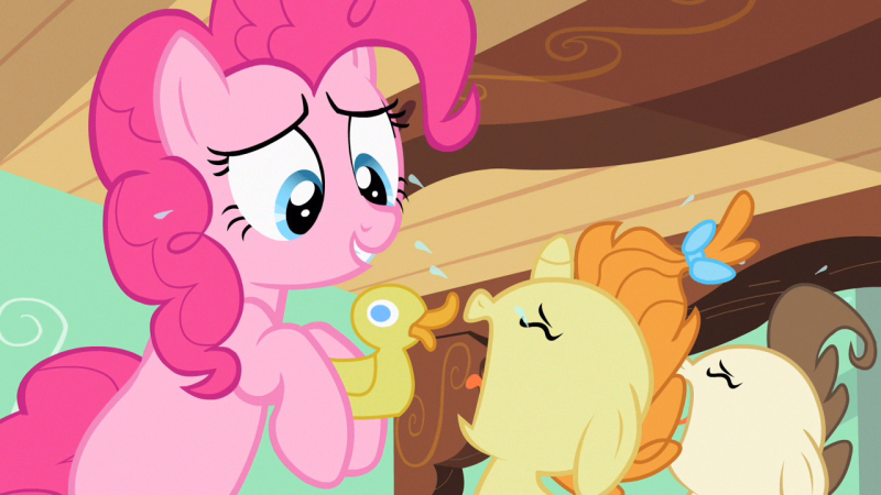 File:MlpPinkie Pie with rubber ducky S2E13.png